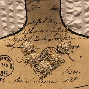 Jewelry - Pearl and Diamond Cluster Statement Necklace